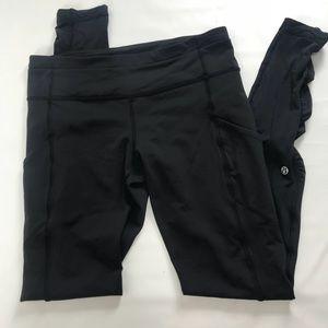 Lululemon Black scrunch skinny leggings. Size 8